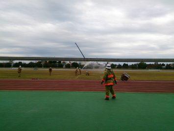 2016/11/23の舎人公園陸上競技場では消防訓練?