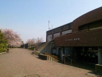 2017/04/05の舎人公園陸上競技場は春爛漫