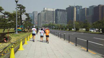 2018/04/04の颯走塾水曜マラソン練習会in皇居5