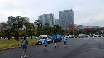2018/12/12の颯走塾水曜マラソン練習会in皇居4