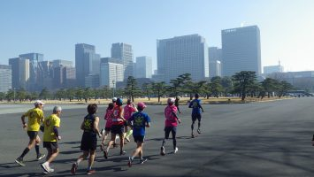 2019/02/20の颯走塾水曜マラソン練習会in皇居3